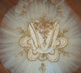 Ivory-&-Gold-17 Paquita